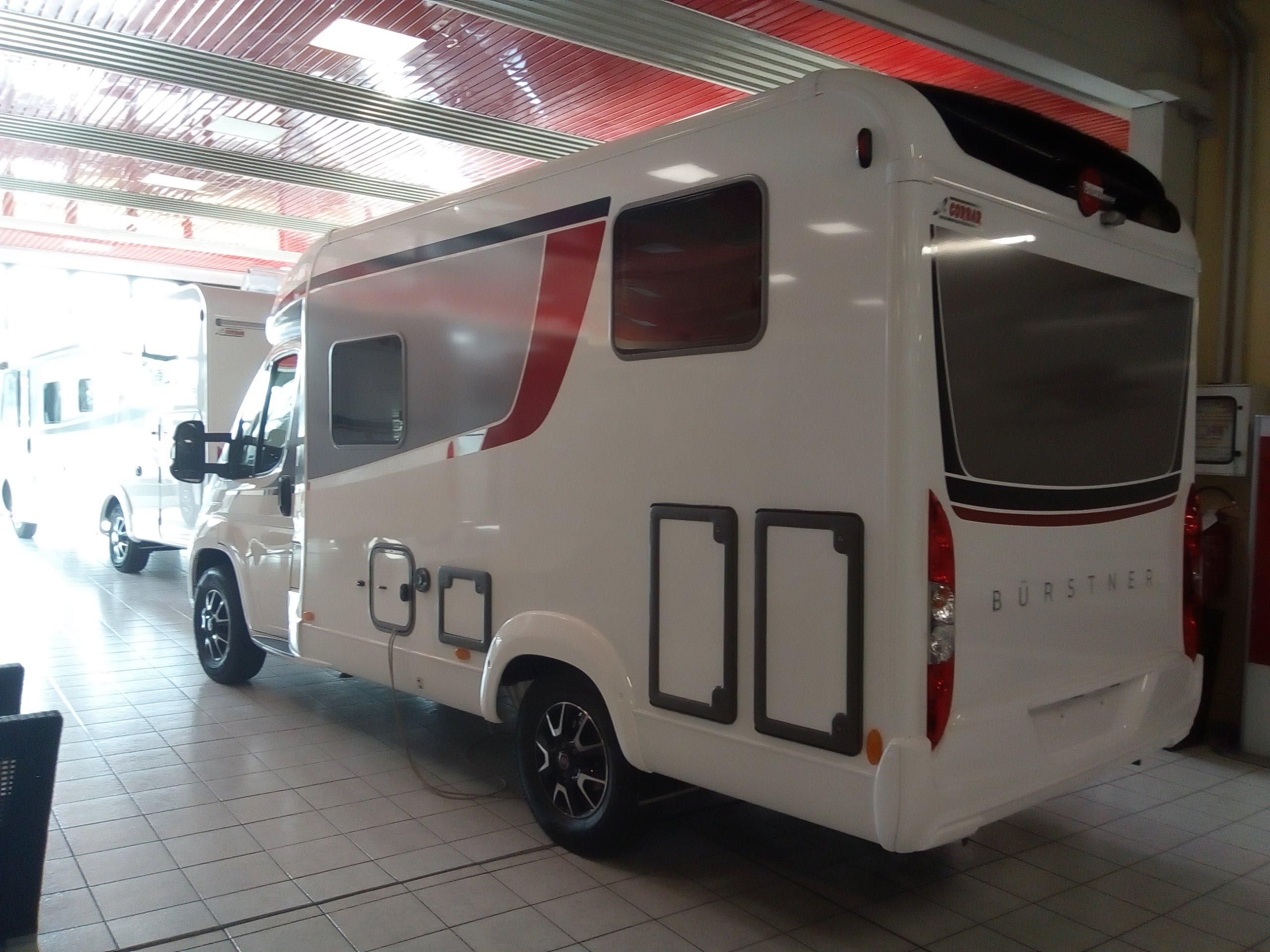 Bürstner Travel Van T 590 G da Corbar