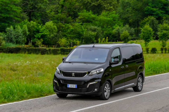 Peugeot Traveller con nuovo motore BlueHDI 140 cavalli