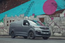 Vauxhall Opel Vivaro-e eletto furgone dell'anno