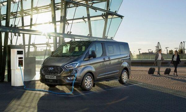 Ford Transit Custom elettrico e ibrido pronto per la produzione nel 2023