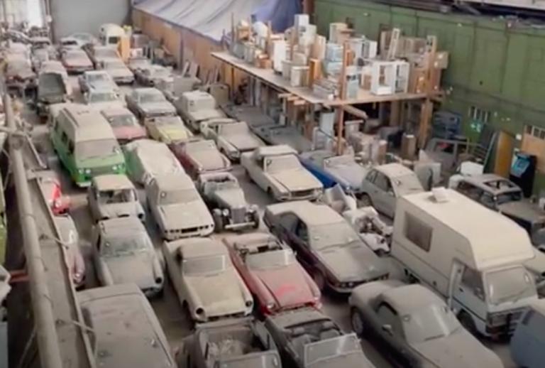 175 auto e alcuni camper d'epoca trovati a Londra e messi all'asta
